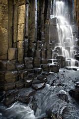 Prismas Baslticos (MiguelOz) Tags: naturaleza nature water mexico waterfall rocks canoneosdigitalrebelxt hidalgo cascada prismas baslticos migueloz