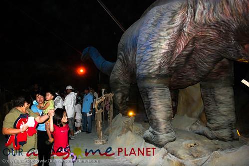 Dino's Alive-56