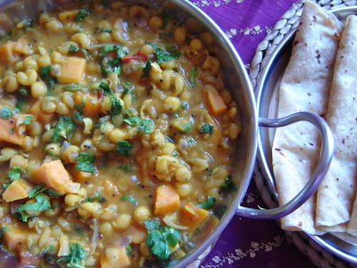 Dried White Peas and Sweet Potato Curry