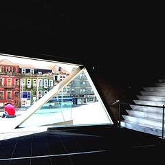 06 Casa da Msica Vestibulo 7324 (javier1949) Tags: portugal stairs arquitectura interior escalera auditorio porto remkoolhaas oma msica oporto conciertos escaleras vidrio casadamusica hormign peldaos casadelamsica