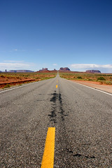 Classic road shot leading to Monument Valley (pa_cosgrove) Tags: sky southwest nature skyline landscape photo amazing highway group wideangle canoneos20d redrock monumentvalley centerline the canonefs1785mmf456isusm