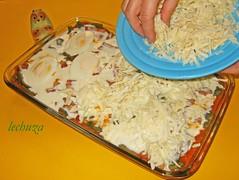 Judias gratinadas-poniendo queso