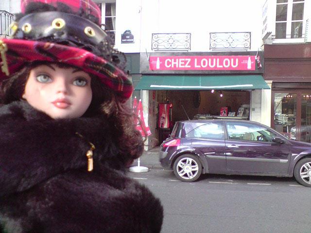 Sarah joue les touristes en solo à Paris 2303023146_61d14780e0_o