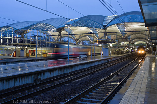 Leuven railway station in the rain