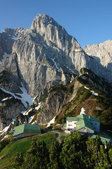Stripsenjochhaus 3 (WeatherMaker) Tags: morning mountain mountains alps sunrise austria tirol hiking alpen dav alpenverein kaisergebirge stripsenjochhaus totenkichl