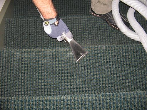 commercial stairs carpet cleaning