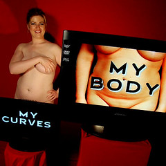 The Mozak flickr~Curves Project, Positive Body Image ! (Human Mozak Humaine) Tags: woman media image body curves curvy appreciation positive mozak
