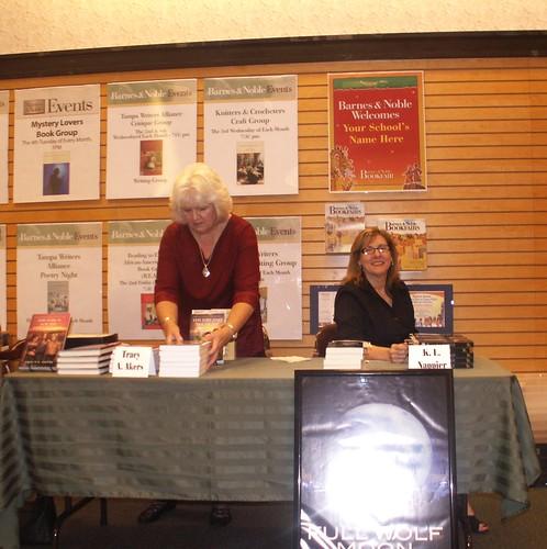 Fantasy Fest, Carrollwood Barnes & Noble 6