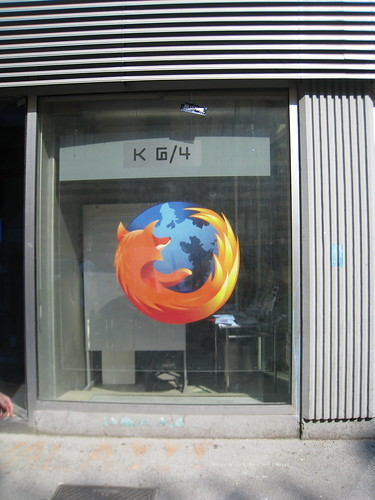 Firefox Fathead at Kiberpipas entrance - by nitot on Flickr