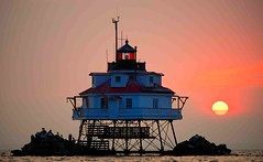 Thomas Pt Shoal Lighthouse at Sunrise (IRainyDays) Tags: lighthouse sunrise annapolis chesaapeakebay
