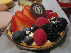 Bouchon Bakery: Seasonal fruit tart - Canon S5