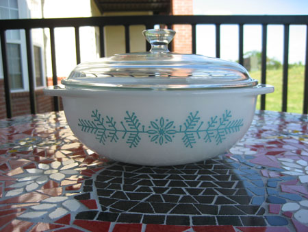 Pyrex Promotional Frost Garland
