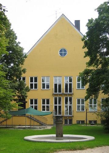 Volksschule Allach (Sep Ruf, 1936-40)