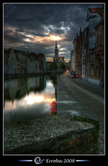 SpiegelRei - Bruges -Belgium :: HDR (Erroba) Tags: sky reflection water clouds photoshop canon rebel belgium belgique tripod brugge belgi sigma medieval tips bruges remote 1020mm erlend hdr cs3 3xp photomatix tonemapped tonemapping xti 400d reie spiegelrei erroba robaye erlendrobaye vosplusbellesphotos