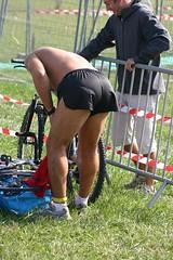 Triathlon de Vaulx-Villeurbanne (Lugdunum Pixx) Tags: shirtless sport swimming cycling athletics running sneakers ciclismo snapshots biker shorts lycra laufen natacin torsenu radsport baretorso swimbikerun schwimmsport