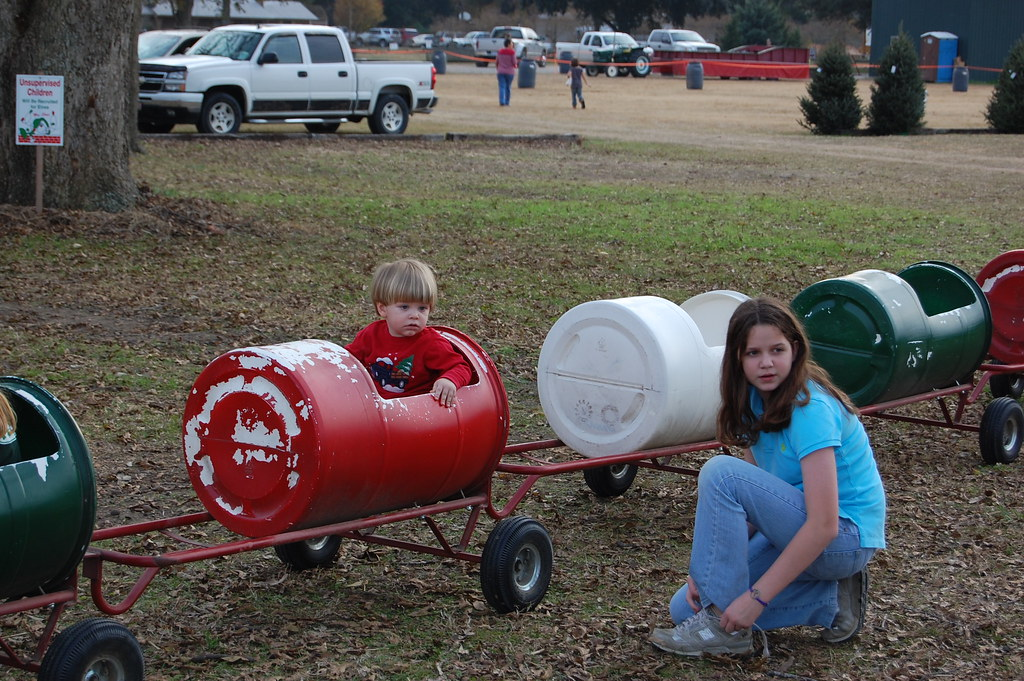 Christmas Tree Farm Equipment.CHRISTMAS TREE FARM EQUIPMENT. 18 ...