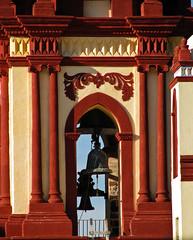 Detalle del campanario (Kurazaybo) Tags: pueblo pueblos sanluispotosi