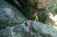 Escalade avec Laurent près du rocher du Lion dans les Calanches de Piana