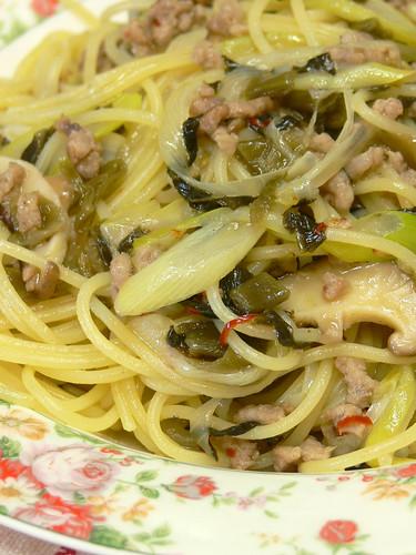 高菜の豚挽肉の和風スパゲティ