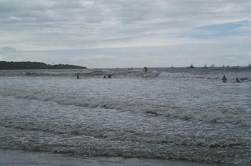 Surfeando en Tamarindo