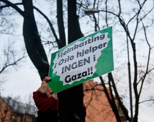 Protestskilt - Foto: Anders Johnsen/Flickr.com