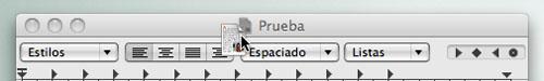 Captura de pantalla arrastrando el iconito de la barra de título de un documento abierto en Mac OS X