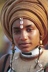 Caribbean Festival Philadelphia Ethiopian Girl - Ethnic Beauty 002 (photographer695) Tags: philadelphia girl beautiful smile fashion festival model landing 1998 caribbean aug ethnic penns cultural ethiopian