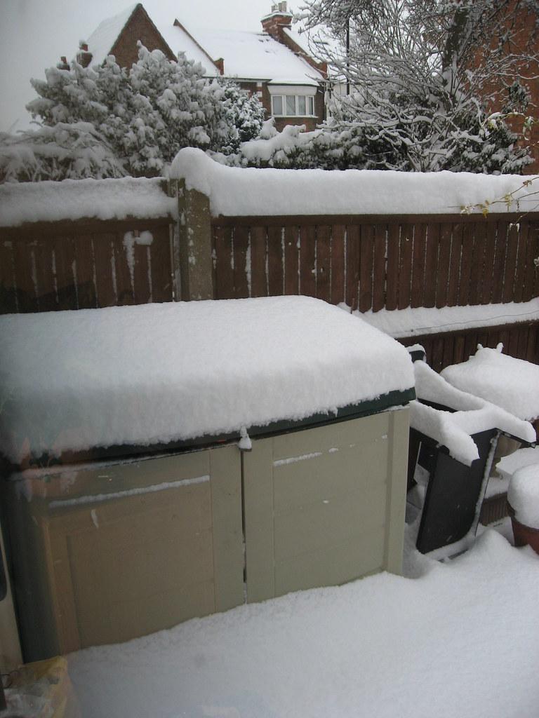 Snowy London 002