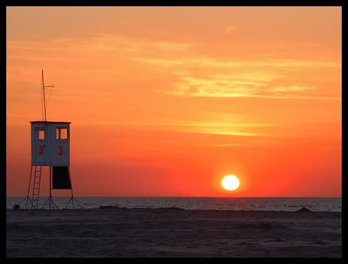 Sonnenuntergang am Rettungsturm