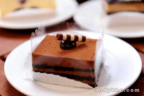 27 Flourless Chocolate Cake RM8.90