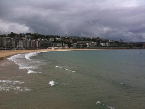 <span>bilbao</span>Ma i paesi baschi non sono solo Bilbao. C'è anche San Sebastian col suo lungo mare.<br><br><p class='tag'>tag:<br/>luoghi | bilbao | </p>