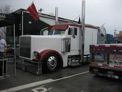 Low Rider Truck (robr3004) Tags: trucks midamericantruckingshow