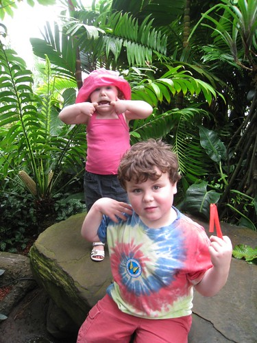 Mali & Leelo at the Conservatory of Flowers