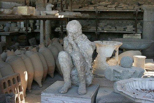 Pompeii Artefacts - Human sitting