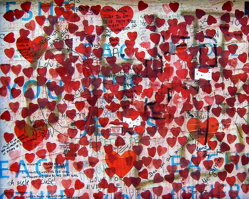 """Otto von Bismarck said: """"Die Majorität hat viele Herzen, aber ein Herz hat sie nicht."""""""