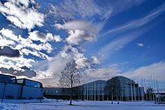 Rovaniemi: The Lappia Hall (Alvar Aalto) (Lucio José Martínez González) Tags: travel viaje winter building architecture clouds suomi finland geotagged arquitectura rovaniemi lappland edificio nubes invierno alvaraalto finlandia laponia helluva blueribbonwinner mywinners luciojosémartínezgonzález luciojosemartinezgonzalez isawyoufirst cityskipgroup globalbackpackers geo:lat=664965 geo:lon=257243333333333