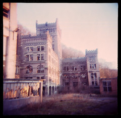 Hasard Cheratte (Martino ~ NL) Tags: old urban building abandoned film photography holga decay exploring neglected mining exploration martino decayed decaying ue urbex hasard cheratte sildefilm analoge mmgzegwaard