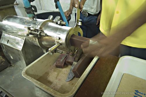 Making mangosteen soaps.