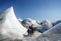 In the ice (Greenland) (elosoenpersona) Tags: travel people ice team gente group personas glacier greenland grupo montaa glaciar soe tierras hielo equipo polares groenlandia platinumphoto anawesomeshot aplusphoto elosoenpersona fletanes qaleraliq gettyvacation2010