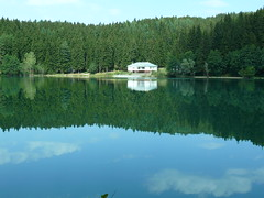 avat Karagl-Black Lake (Sertac08) Tags: travel blue lake black nature water forest turkey trkiye fresh clear ev su artvin tracking piknik freshwater gezi yeil savsat orman blacklake doal muhteem yaprak doa temiz avat karagl livane theunforgettablepictures grouptripod lesamisdupetitprince doaharikas