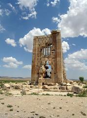 Tomb of Cambyses, son of Cyrus the Great (yewco) Tags: ruins iran tomb persia unesco pasargadae 墓 archaeologicalsite 遺跡 イラン ペルシャ cambyses zendanesoleyman カムビセス nearpersepolis ペルセポリスの近く acityinancientpersia パサルガダエ