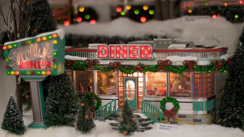 Shelly's Diner (by Dept. 56) (by Areopagus)