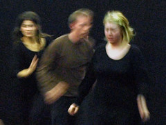 Electra  6777b (Lieven SOETE) Tags: woman art greek donna mujer theater theatre femme performance young dramatic bruxelles tragedy frau 2008 brussel electra junge joven jeune molenbeek sophocles  giovane kleineacademie  lievensoete