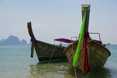 Down South (Johan_Leiden) Tags: sea beach thailand boats boat paradise longtailboat krabi watertaxi abigfave aplusphoto platinumheartaward goldstaraward gettyr