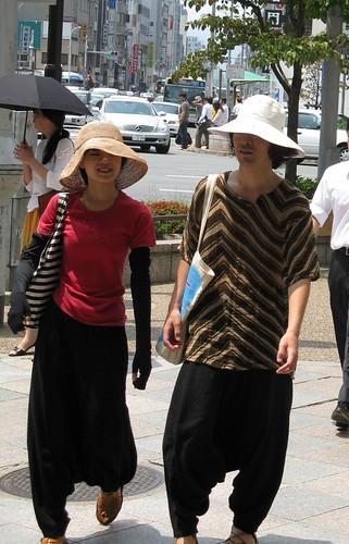 Tokyo Street Fashion 9-08