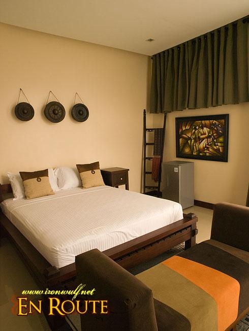 Puerto Galera Manor Filipino Room
