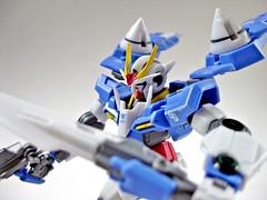 00 Gundam (nighteye) Tags: set 1200 gundam 00 bandai hcmpro gbox 00gundam gn0000 gnr010 0raiser