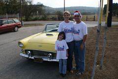Family T-Bird Photo (Victorias in New Braunfels) Tags: parade tbird 2007 xmas2007 millercampaign