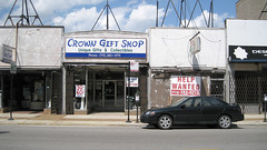 Crown Gift Shop (chi_cowboy) Tags: chicago retail storefronts portagepark sixcorners northwestside canonpowershotsd950is
