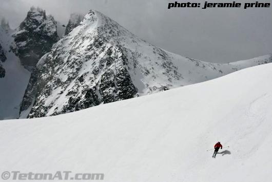 Stev Romeo Skis below Gannett Glacier